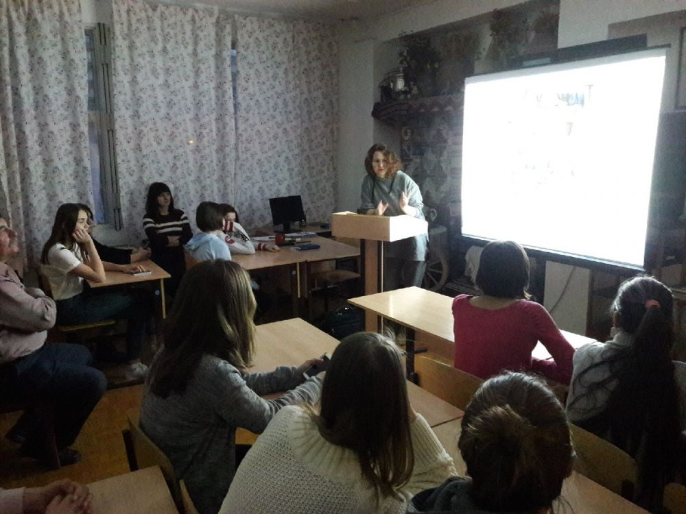 творческая встреча с Марией Хохловой ХШ имени И.Е.Репина г. Тольятти